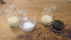 醤油麹と塩麹の材料